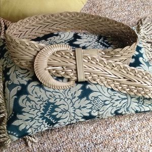 Gorgeous wide talbots leather belt